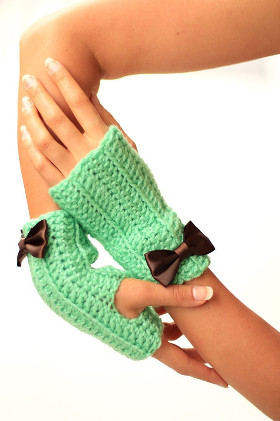 Mint and Chocolate Fingerless Gloves by Mademoiselle Mermaid - mademoisellemermaid