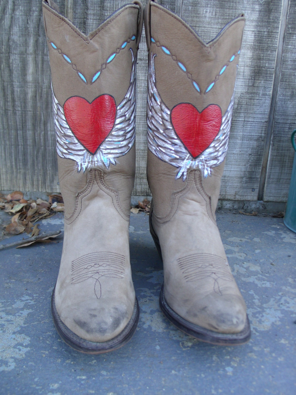Wonderful Handpainted Shafts And Other Variables, Most From The Womens Side Of The Boot Aisle Looking For A Dramatic Fashion Statement? Wear Your Boots With A Long Blazer Over Tights Or Stirrup Pants Fashion Cowboy Boots In Pink And Purple