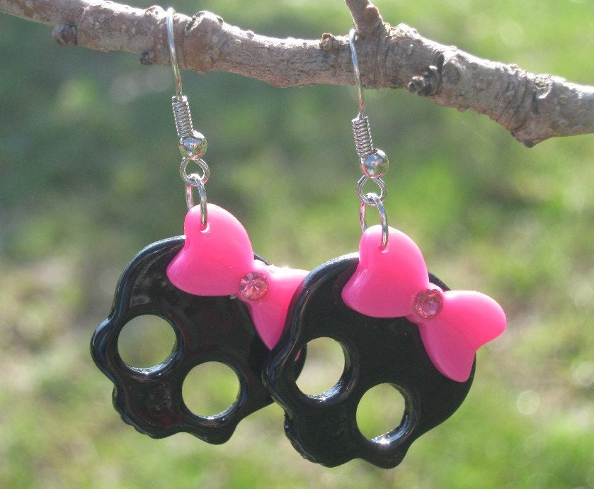 Earrings Glam Skull in Black with a Bright Magenta by PinkFrog4U from etsy.com