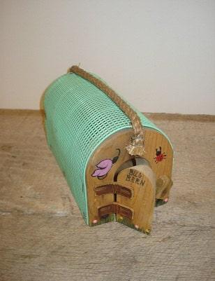 Vintage Handmade Insect Bug Cage    j - TotallyVintage