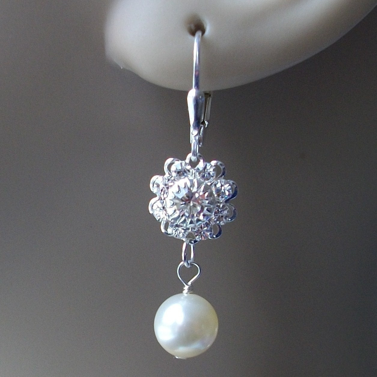 Cream Pearl and Silver Swarovski Prong Set Crystal Earings