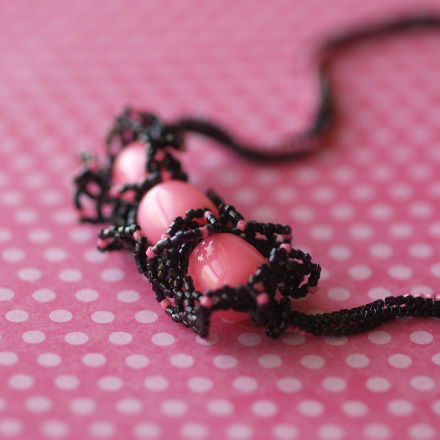 Bubblegum and Black Licorice - Funky Beadwoven Necklace (3010)