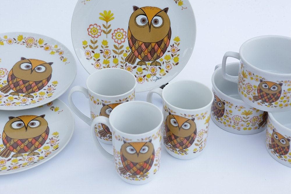 Vintage owl plate set