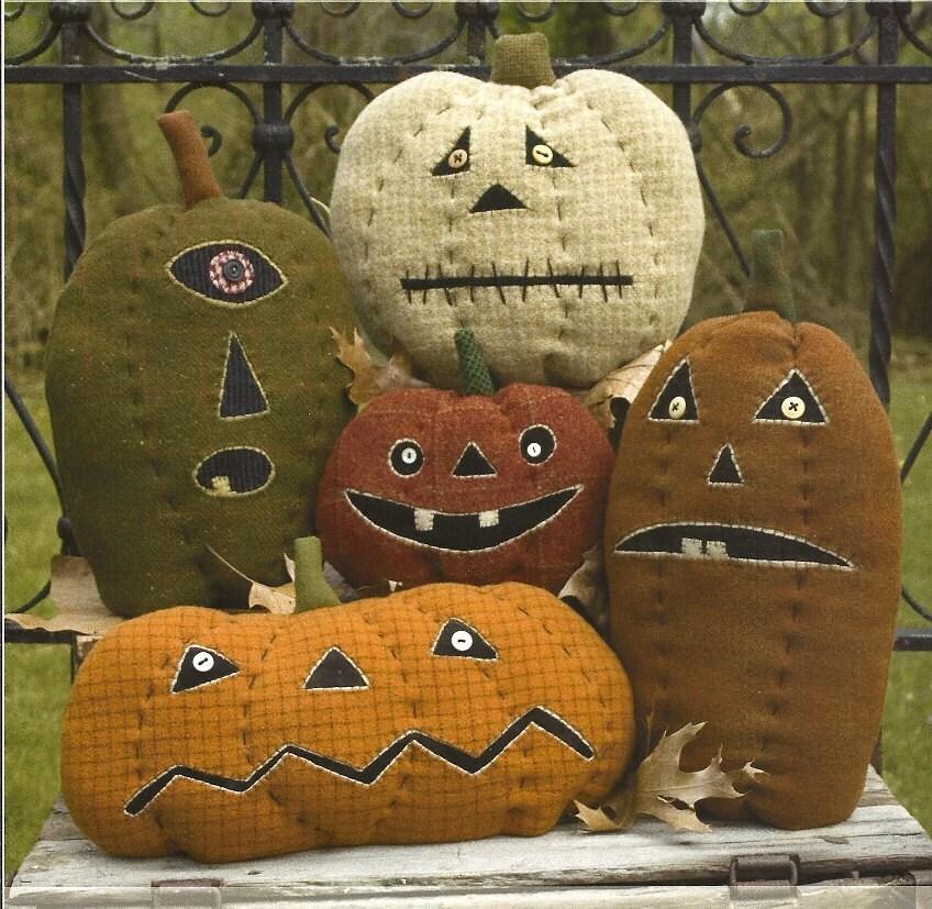 Primitive Folk Art Pumpkin Pattern:  PUMPKIN FARM - PrimFolkArtShop