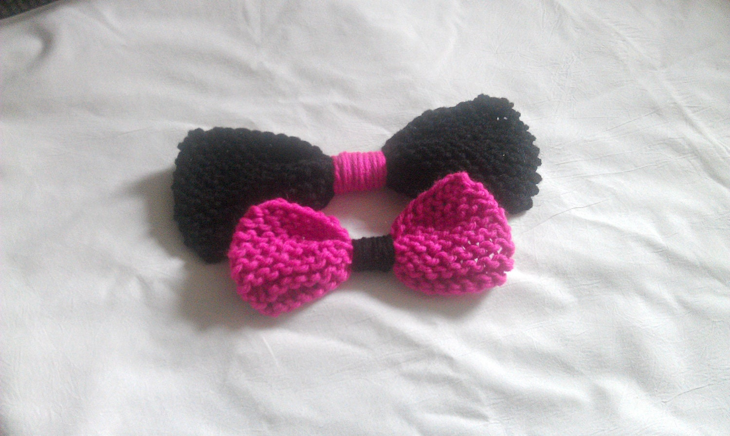 Black and Pink Hairbow,  Hair Accessory, Knit Hairbow