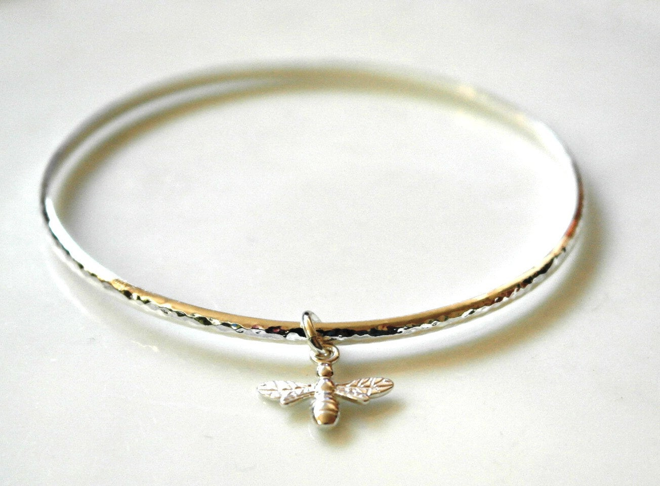 Sterling silver bangle  Bee bangle  Bee bracelet  Bee Jewellery  Queen bee  Summer bangle bracelet  hammered bangle