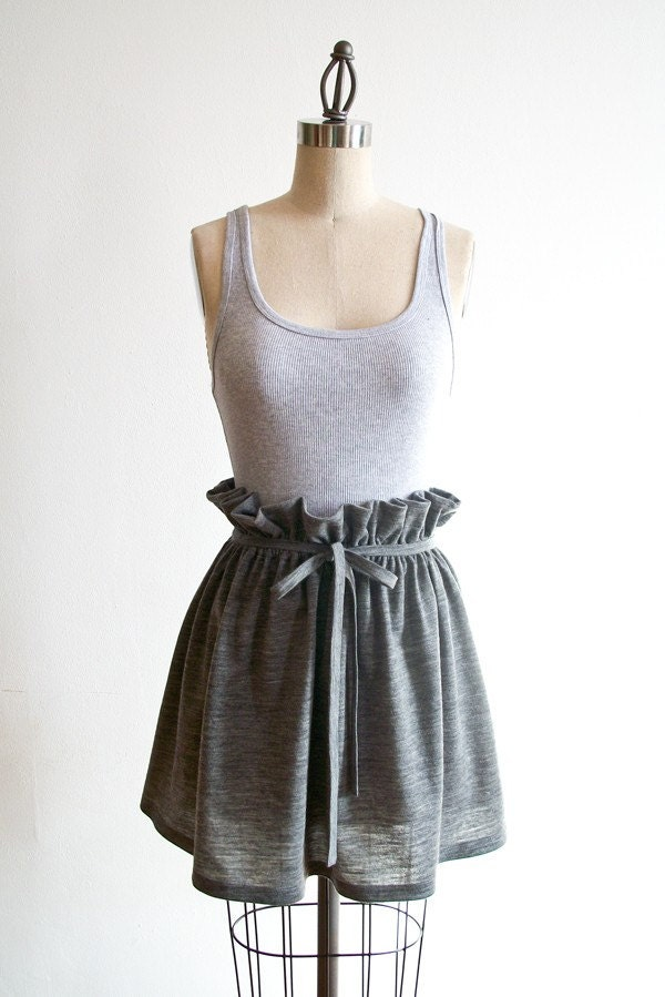 Organic Wool Jersey Short Skirt in Heather Gray
