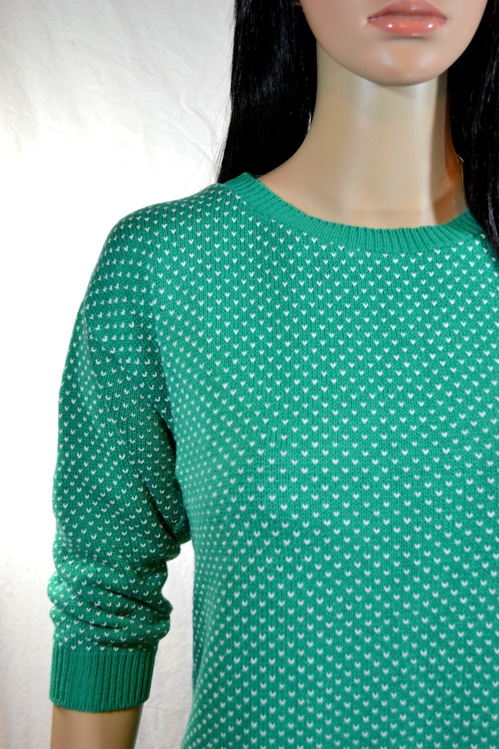 1980's SLOUCH SWEATER by R J Studio Made in USA size medium Green & White Heart Polkadot