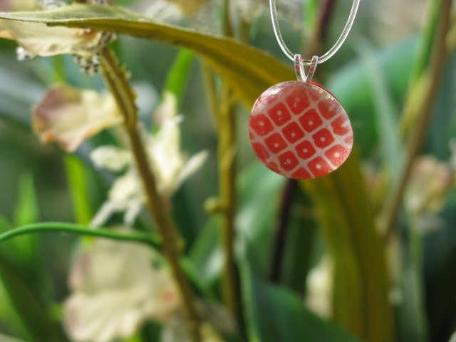 Red Retro Marble Necklace
