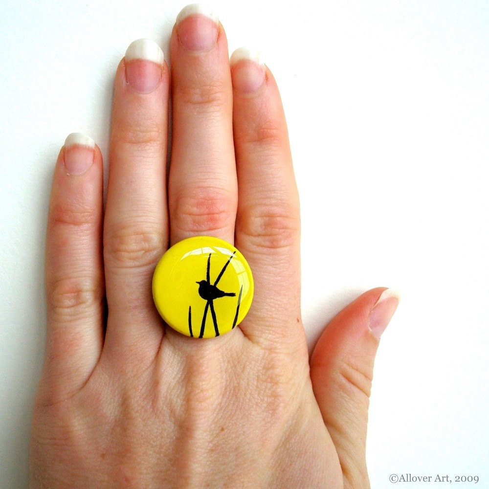 Bird In The Grass Silhouette.  Handpainted Art Ring.