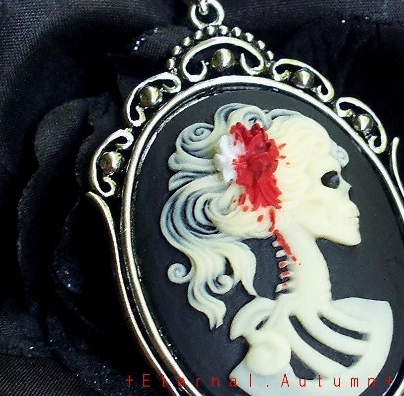 OFF WITH HER HEAD L a d y. D e c a y. ...Gothic Skeletal Zombie Lady Cameo in SETTING 2 with BLOODY WHITE ROSE Hair Flower on Antiqued Silver Textured Cable Chain Necklace