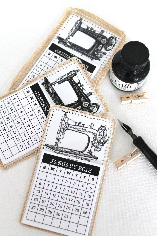 Мини календарь 2013 Метки Урожай швейная машина вязания крючком подарков тегов Черно-белый нейтральный