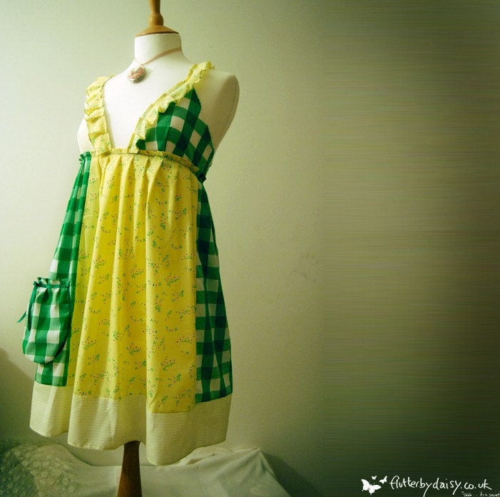 Tea party dress in green and yellow