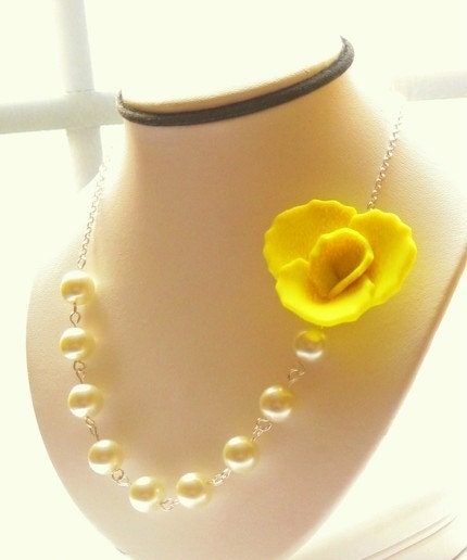 Sunny Yellow Rose Cabochon Pendant Pearl Necklace - 2011 SPRING /SUMMER COLLECTION - Compliments Bridesmaids & Flower Girls Dresses