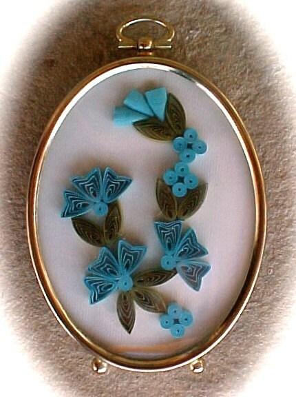 Vintage Santa Fe Quilled Rolled Paper Floral Arrangement in Oval Frame