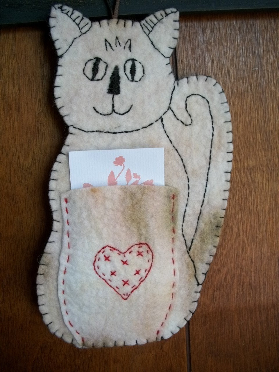 Magnet/Wall Decor Cat Hand Embroidered w/Pocket