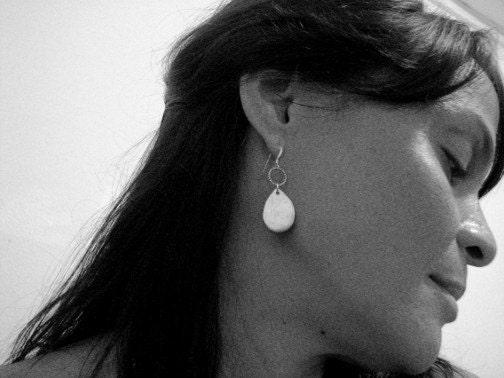 Teardrops Falling on My Head Silver Earrings - roqueroque