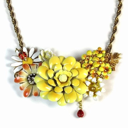 Statement Necklace-Vintage Yellow Flowers