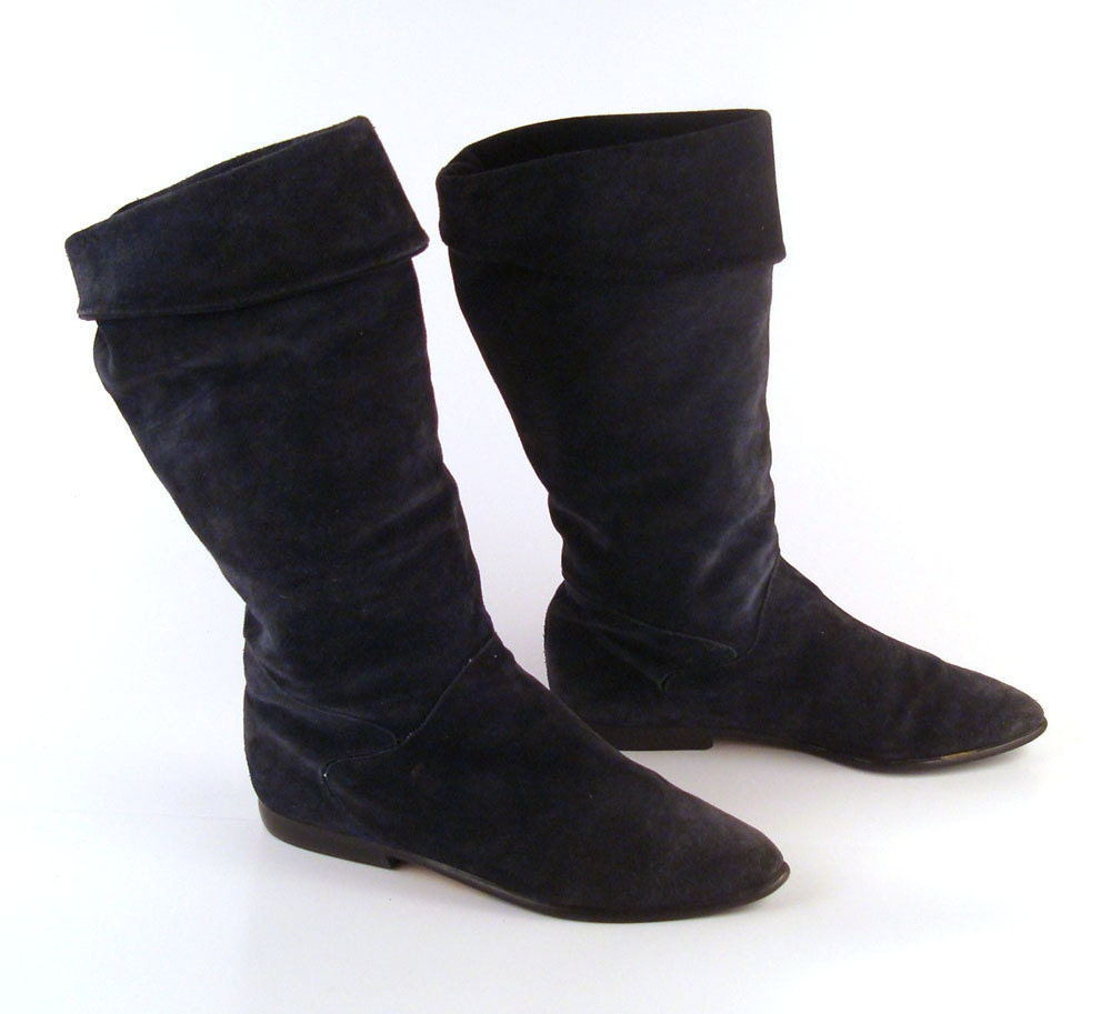 boots flat suede vintage 1980s navy blue by