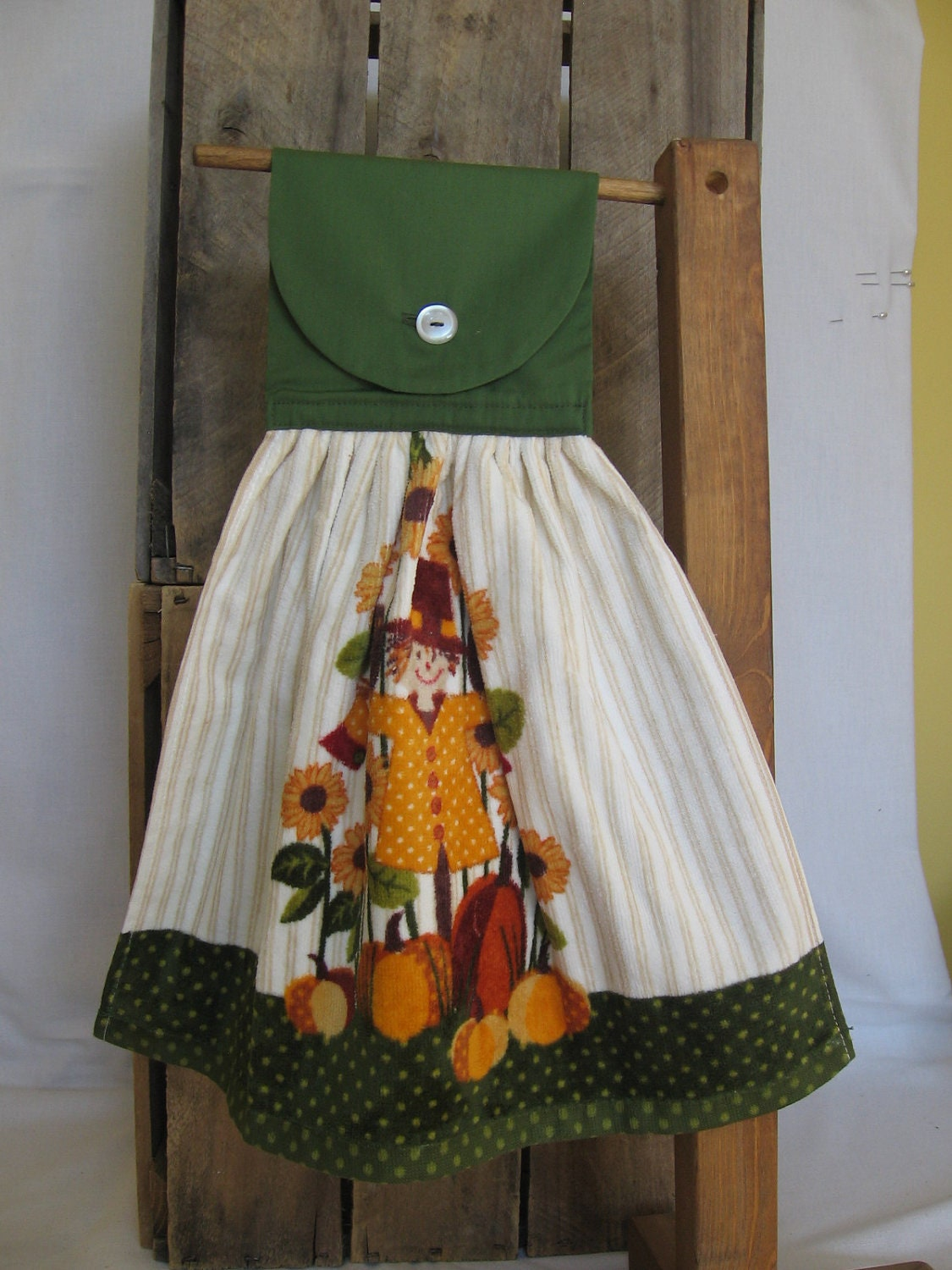 Scarecrow Kitchen Tea Towel U-Pick Top Color Hanging Kitchen Towel with Sunflowers and Scarecrow - SnowNoseCrafts