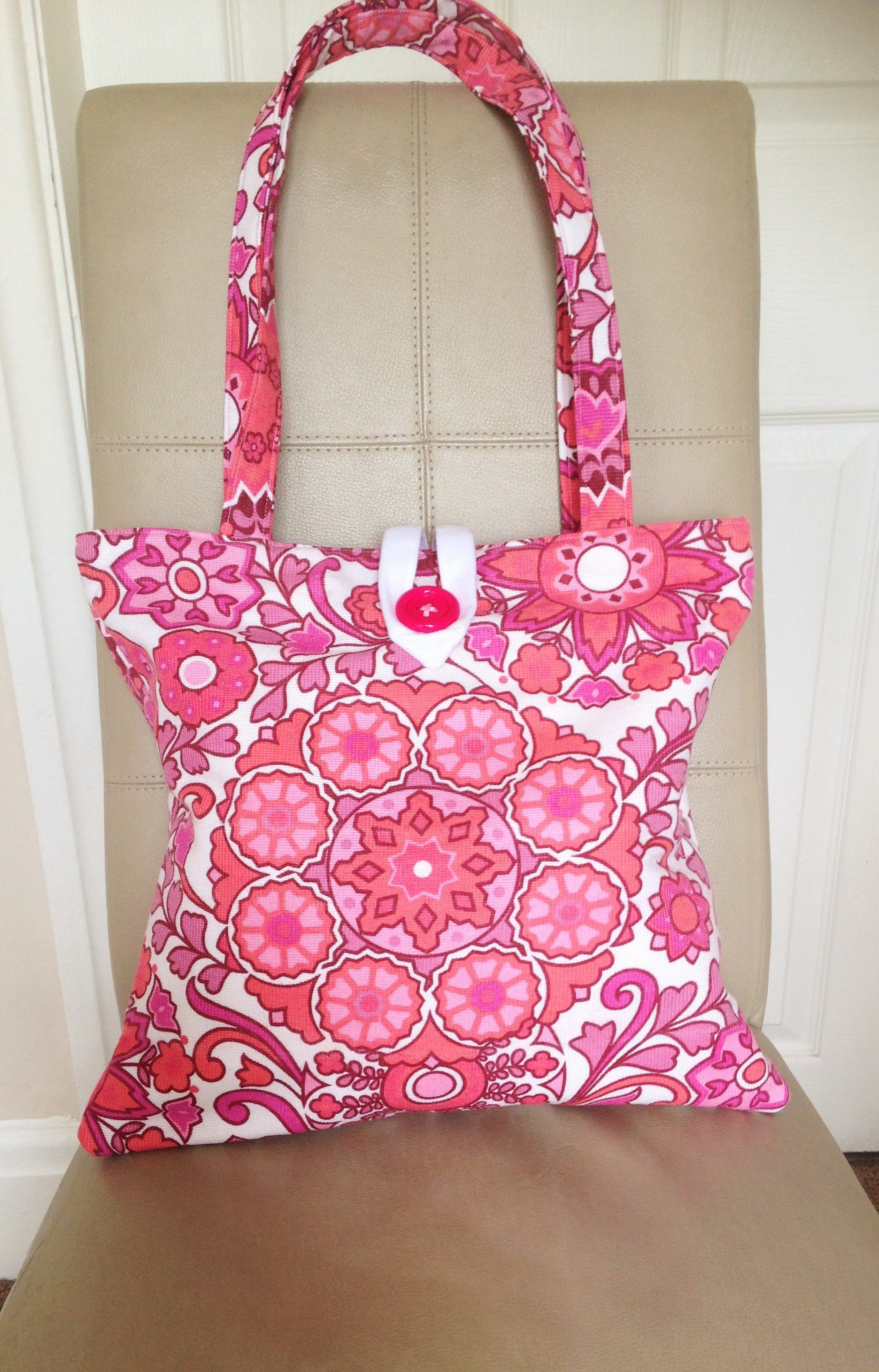 Vintage Fabric Tote Flower Power Handbag Flower Power Tote 70s Fabric Tote Bag 70s Fabric Handbag Pink Floral Tote Bag