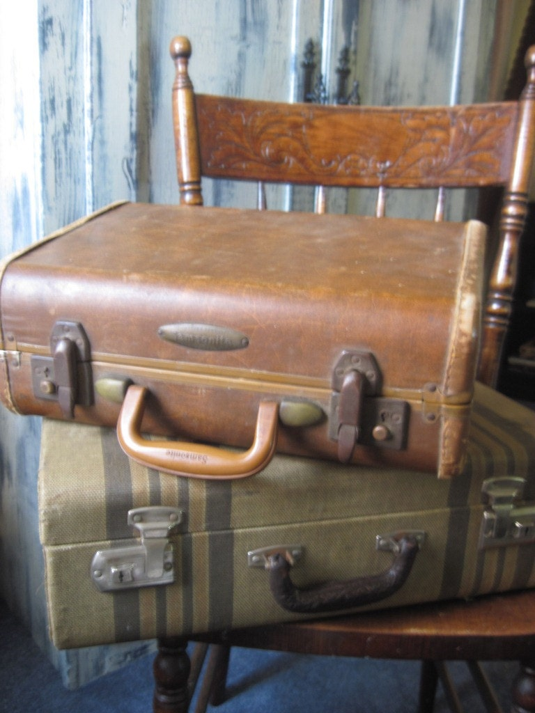 Vintage Samsonite Suitcase with Leather Trim ... great stacker for home decor