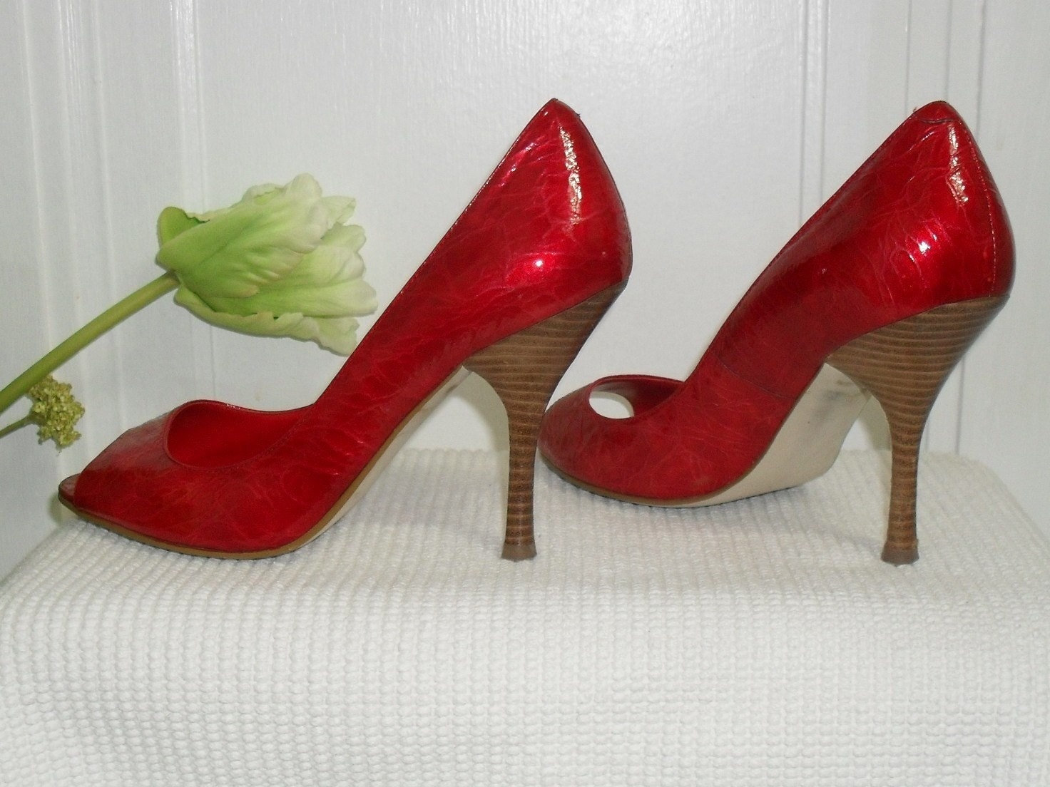 Super SEXY Red Leather -----Enzo Angiolini Heels 6M