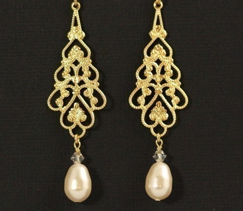 Parfait Bridal Earrings -- Gold Filigree and Swarovski Crystals Pearls