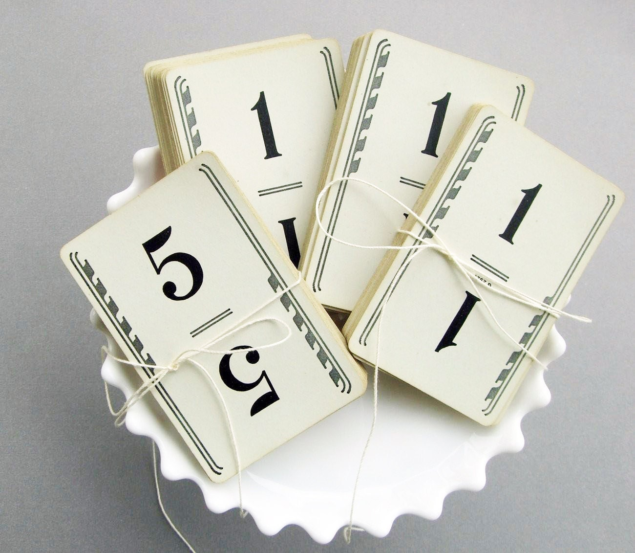 Fabulous 1950s VinTage WeDDinG TabLe NumBeRs-  Vintage Number Cards, set of 30