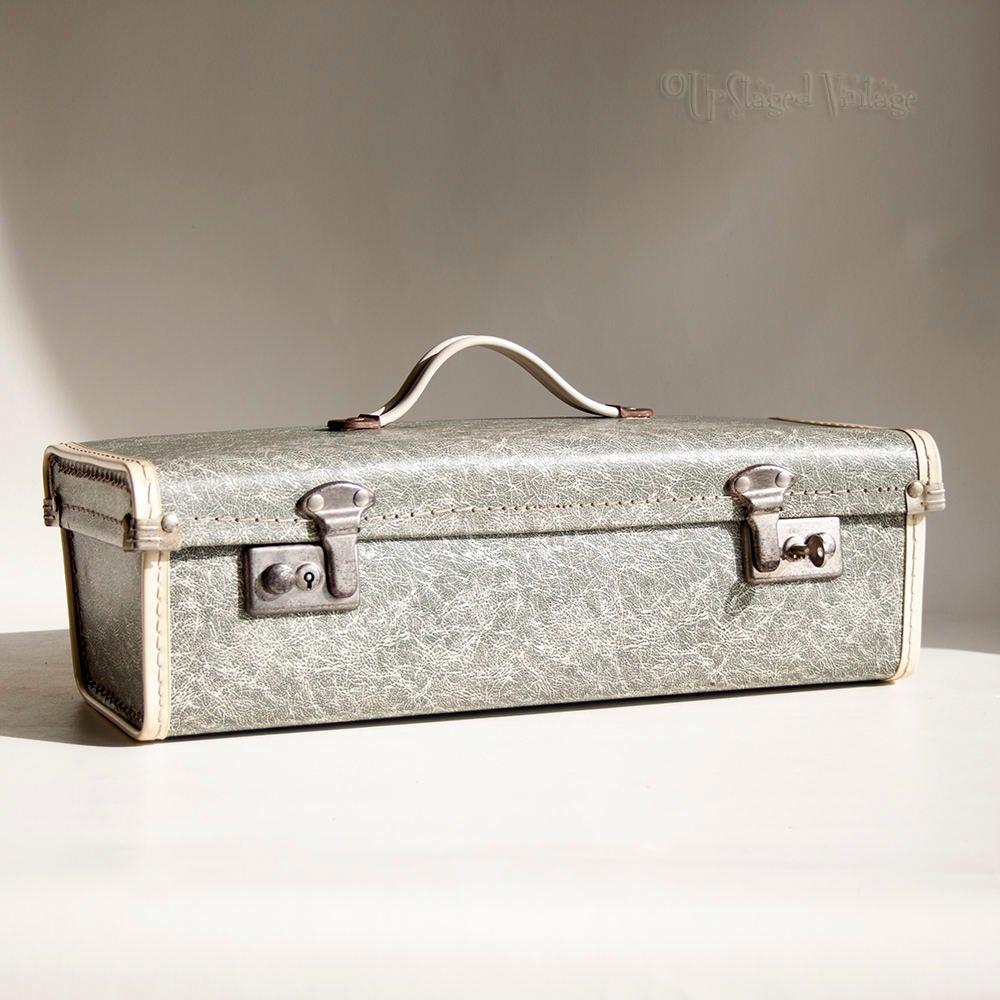 Vintage Retro 1950s Grey Train Case Vanity Case Shoe Box WITH original Key