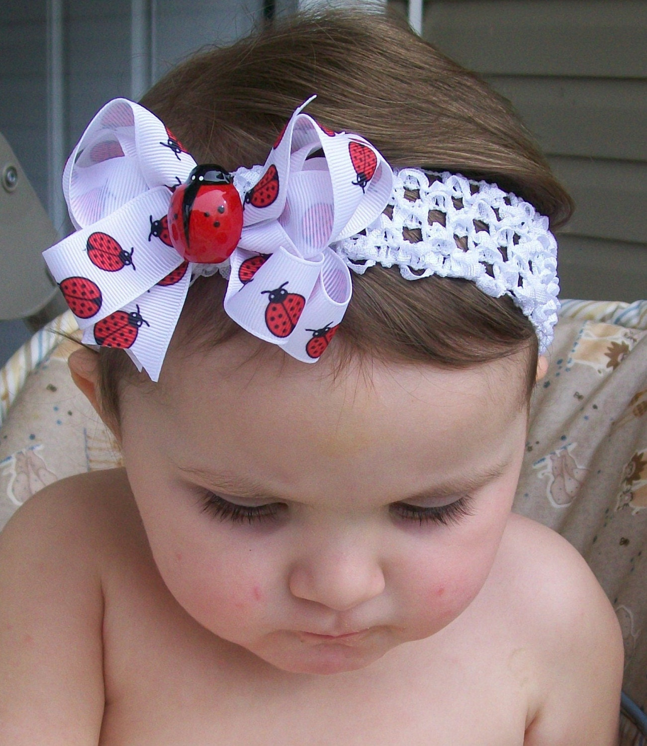 ANNIVERSARY SALE......ITTY BITTY BUG Love..... LADYBUG BOUTIQUE BOW....ONE DOLLAR SHIPPING