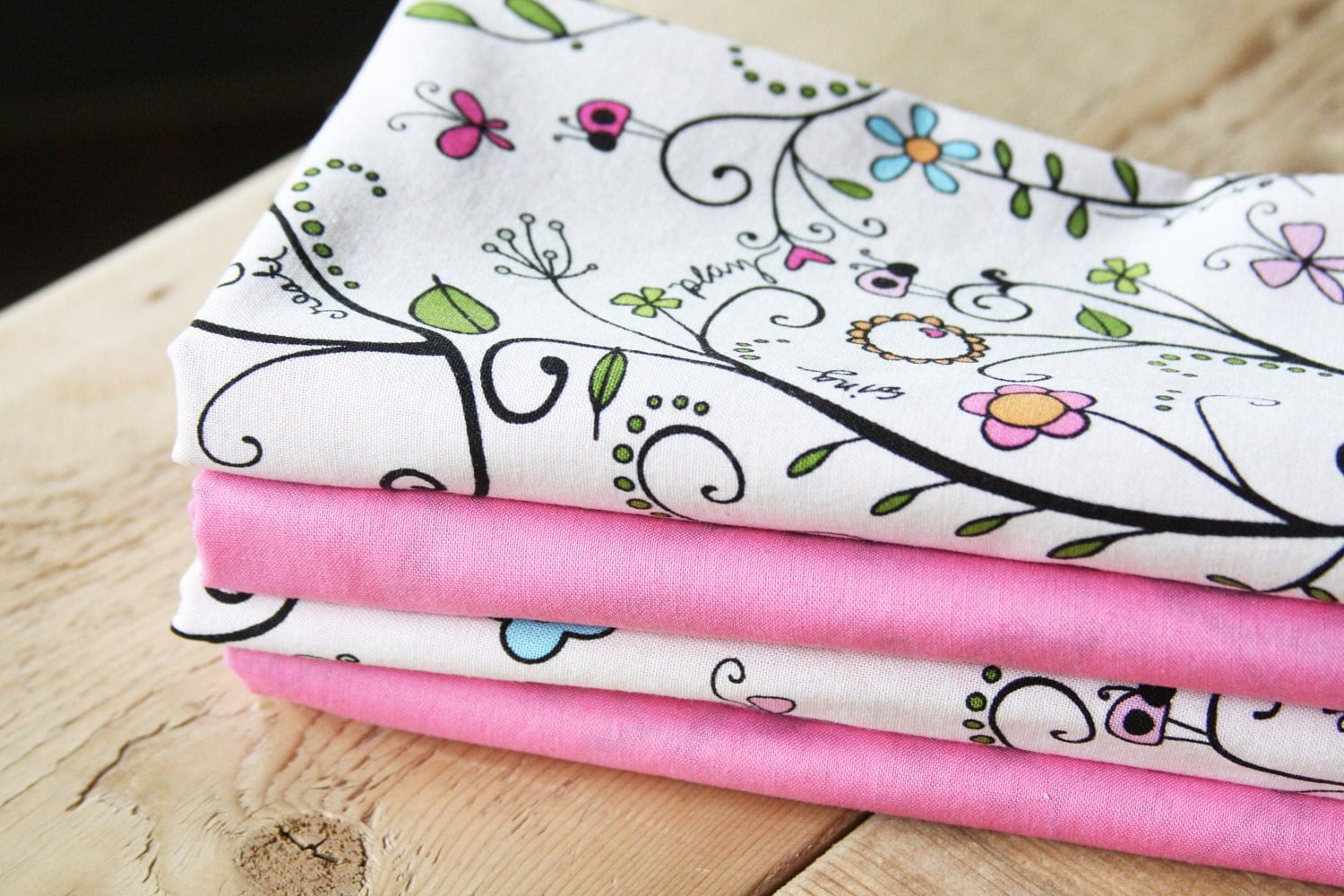Fabric Napkins - Pink with Floral Vines - Set of 4 Reversible Cloth