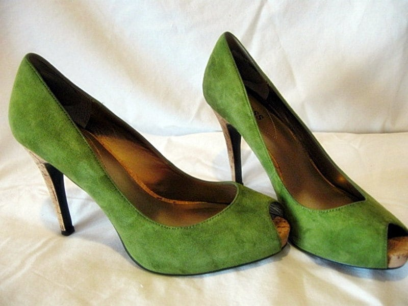 Vintage Green Suede Guess Peep Toe Stiletto High Heels by Kowgirl Kitsch on Etsy