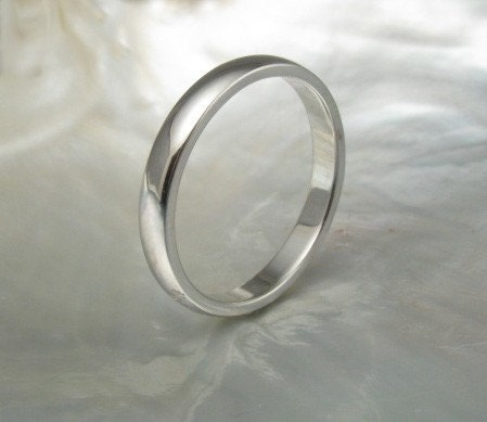 2.5mm half round wedding band / stacking ring in platinum