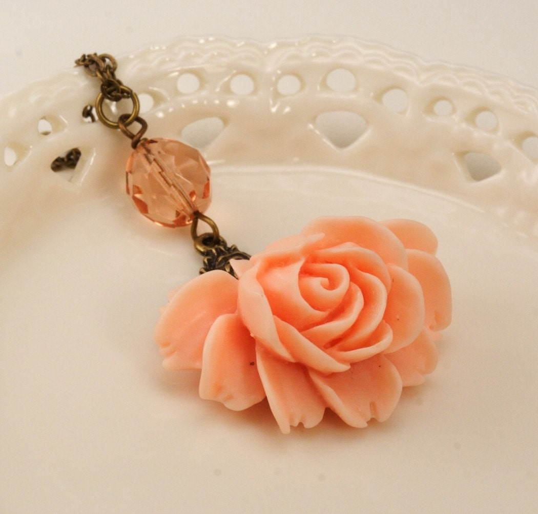 Shipping Included - Peach Vintage Glamour Rose Necklace
