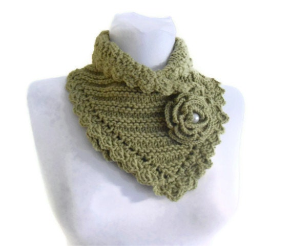 knit collar, Winter fashion, Green neckwarmers, hand-knitted, new, Unique gift, 2013