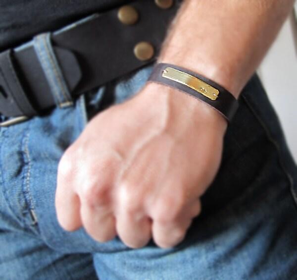 Мужские именные браслеты