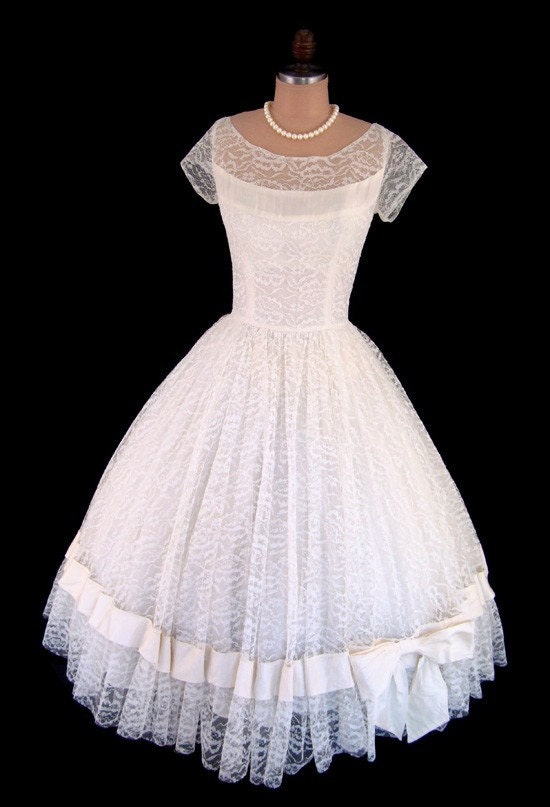 Vintage 1950's 50's Ivory Lace Illusion Taffeta Cocktail Party Prom Formal Dress S