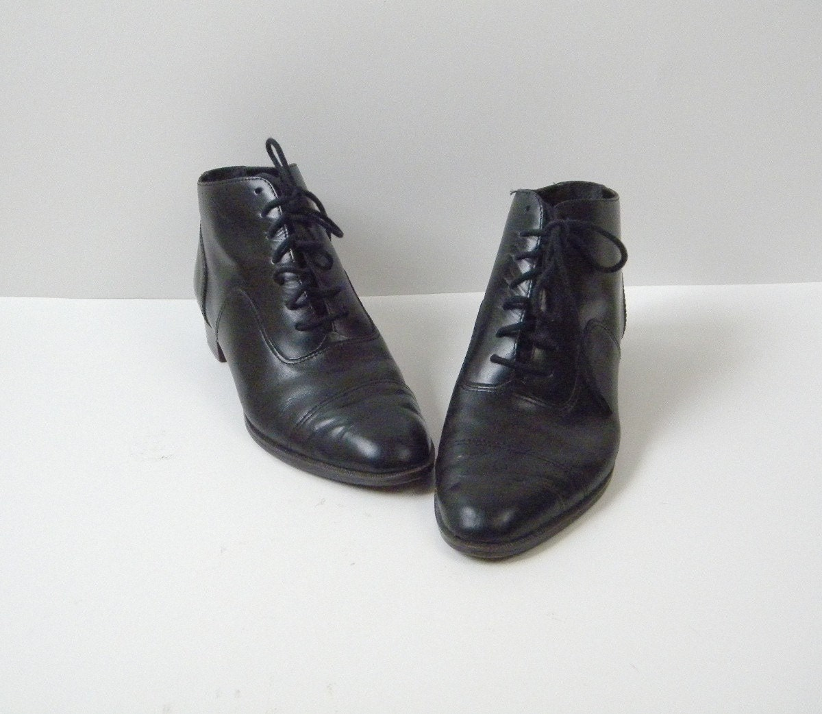 Vintage Black Leather Oxford Ankle Boots Size 8M