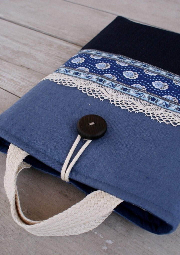 Laptop sleeve case cover for 13 inch Macbook/ linen/pocket/two handles - ($39)