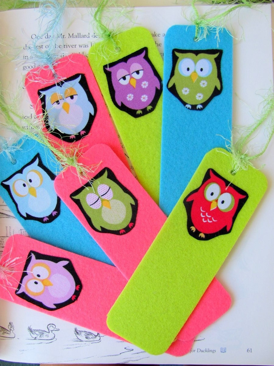 Owl Bookmarks Pair Pretty Bright Pink and Blue Felt with Green Owls