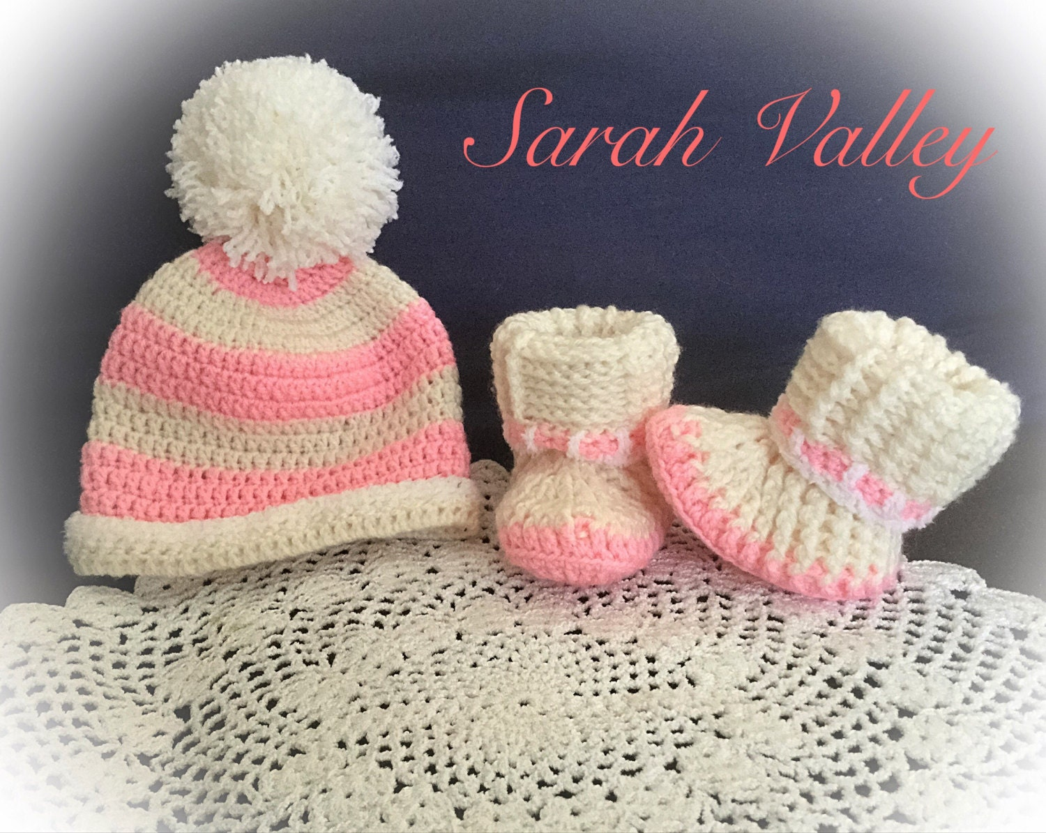 Baby girl gift, newborn baby gift, baby girl, baby shoes, knit baby clothes, snug babywear, knit baby wear, baby bootees, baby wear