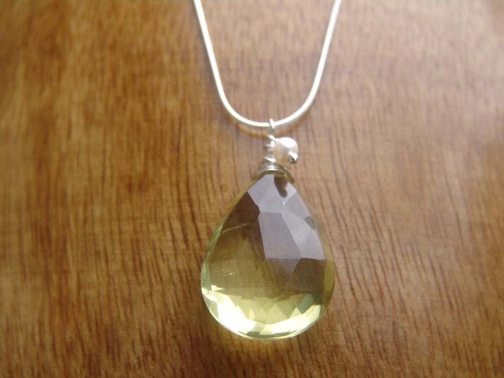 ZEn Gemz - Sterling Silver Necklace with Large Faceted Briolette of Lemon Quartz