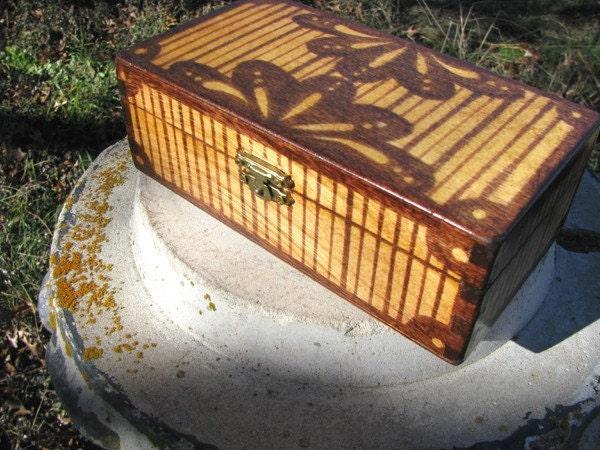 striped flora wooden keepsake box