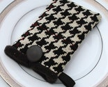 Stonehaven - LUXE Collection - Black and White Houndstooth iPod or Small Gadget Case