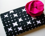 BLACK AND WHITE CLUTCH WITH FLOWER