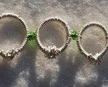 armband med mindre ringar