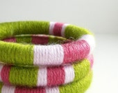Set of 3 Yarn Wrapped Stacking Bangles (1949)   FREE SHIPPING