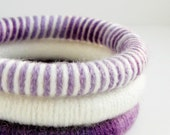 Set of 3 Yarn Wrapped Stacking Bangles (1953)   FREE SHIPPING