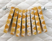 Clothesline Kit. Yellow Argyle Clothespins and Hanging Wire